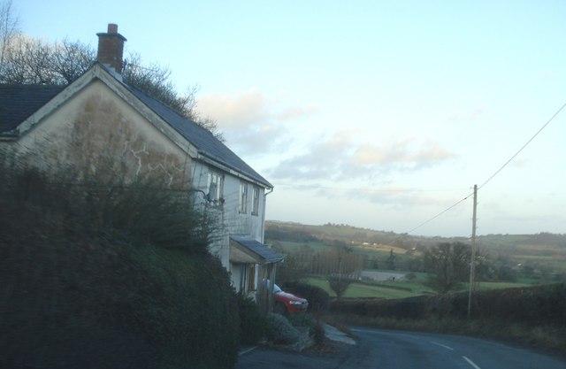 Roadside house near Bank