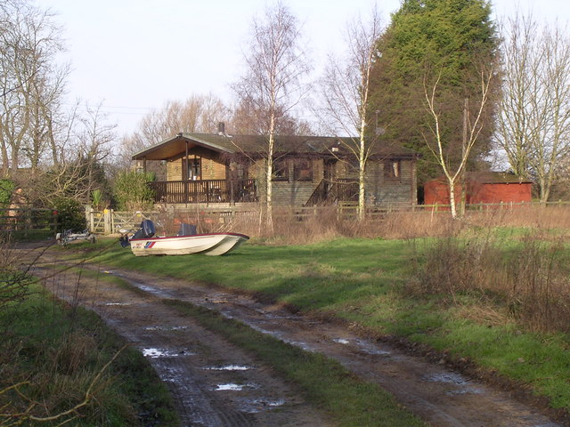 Log Cabin, Peppermill Meadow