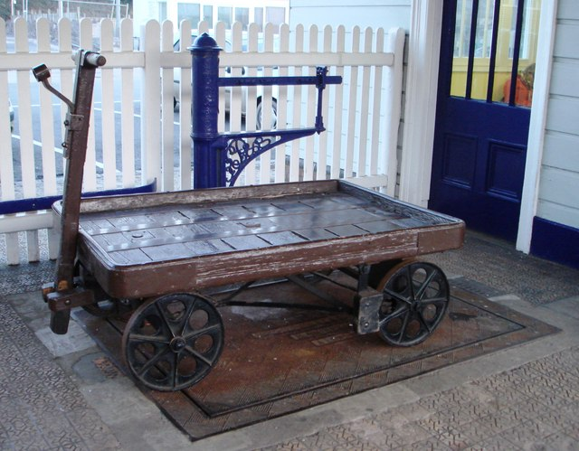 Weighing machine and ancient freight trolley Totnes Station