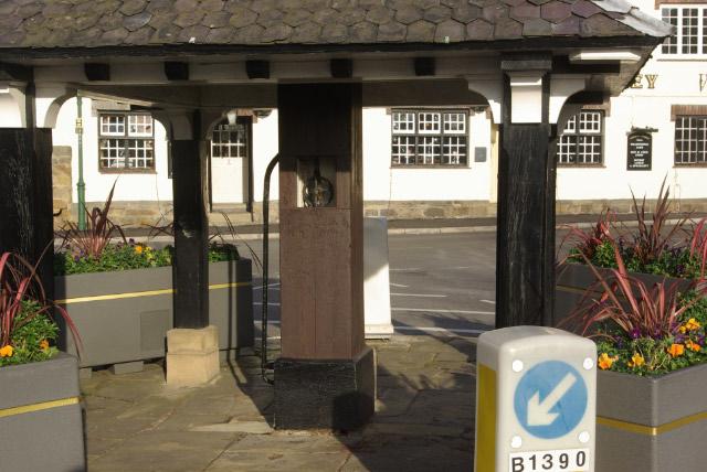 Old Pump, Wollaton