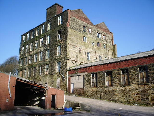 Albert Mill, Whitworth