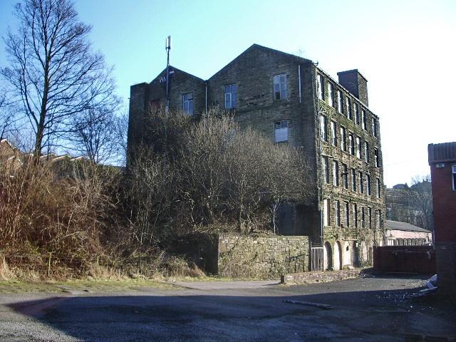 Albert Mill, Whitworth
