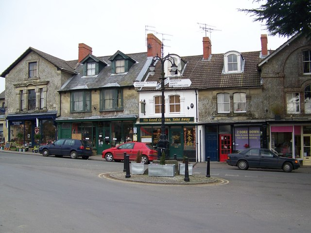 The Square, Tisbury
