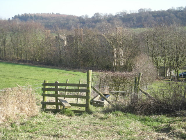 Stile on the path from the ridge to the manor
