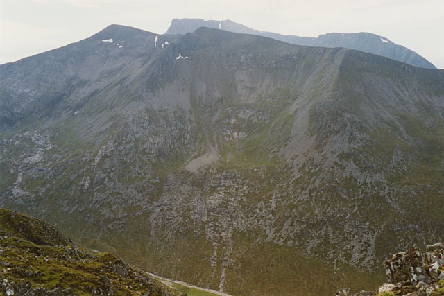 View south west towards the eastern slopes of Carn Mor Dearg