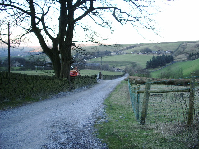 The road from Willowfield Farm and Barn