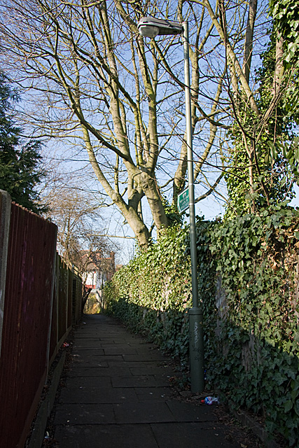 Un-named Footpath