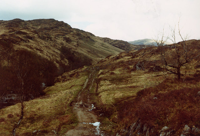 Glean Dubh Track