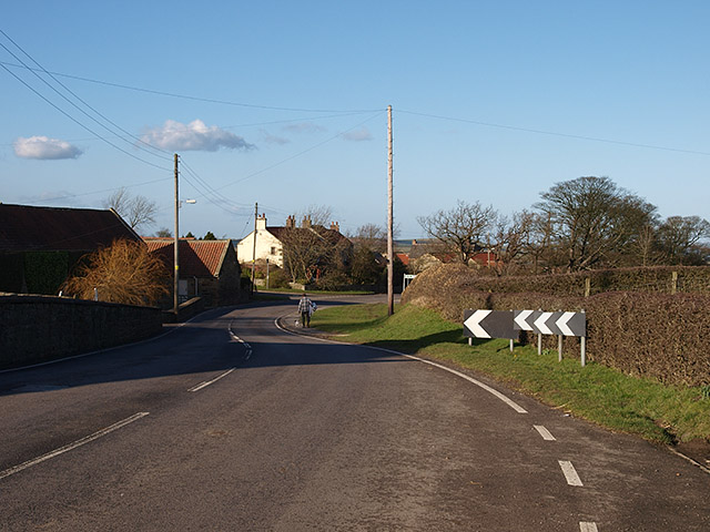 Bends in the road, Liverton