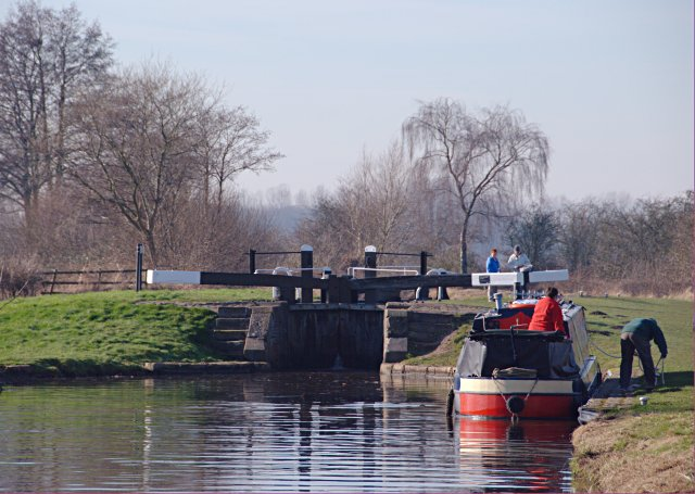 Boat waiting to enter Common Lock