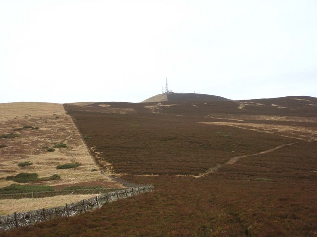The col between Gallow Hill and Craigowl