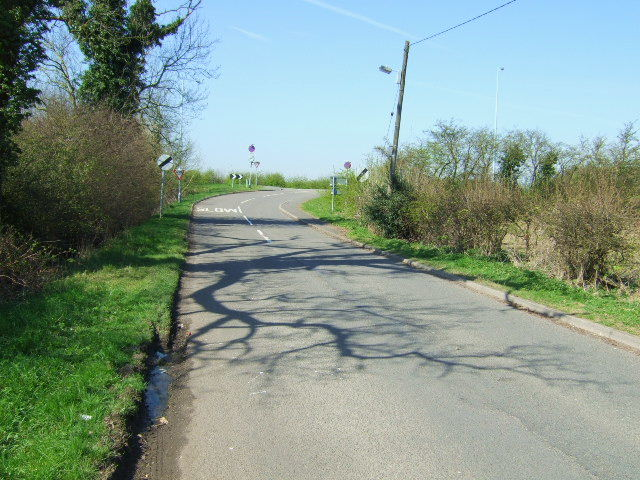 Lane to the A453