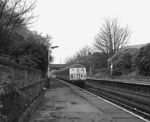 Looking West at Heaton Park station
