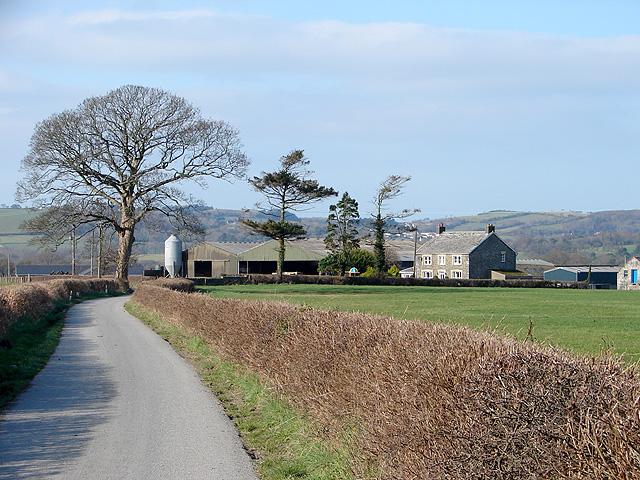 Pwll-cenawon Farm in Dyffryn Rheidol