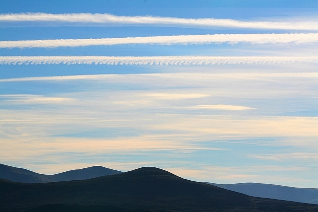 Contrails over Starling Dodd