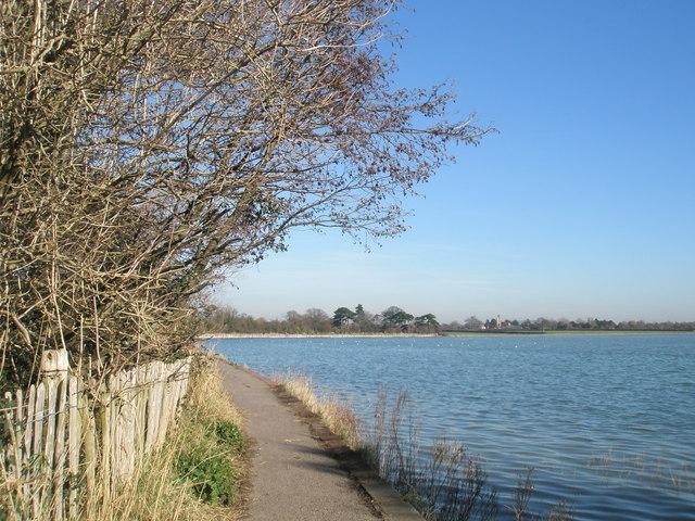 Coastal footpath near Langstone Mill