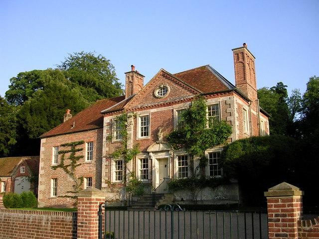 Reddish House