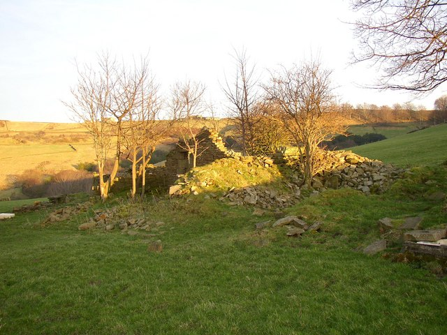 Ruins of Croft House Upper Fold, Scammonden