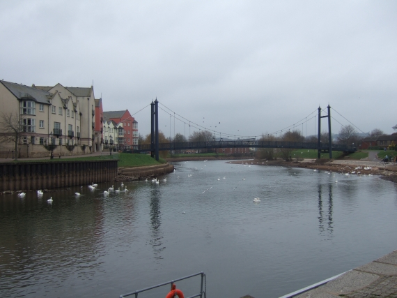 River Exe quayside bridge with low flow