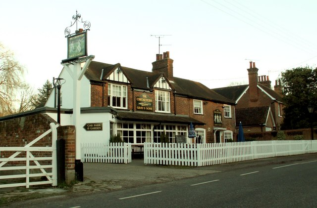 'The Cricketers' public house at Mill Green