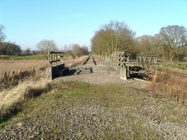 Railway trackbed near County School station