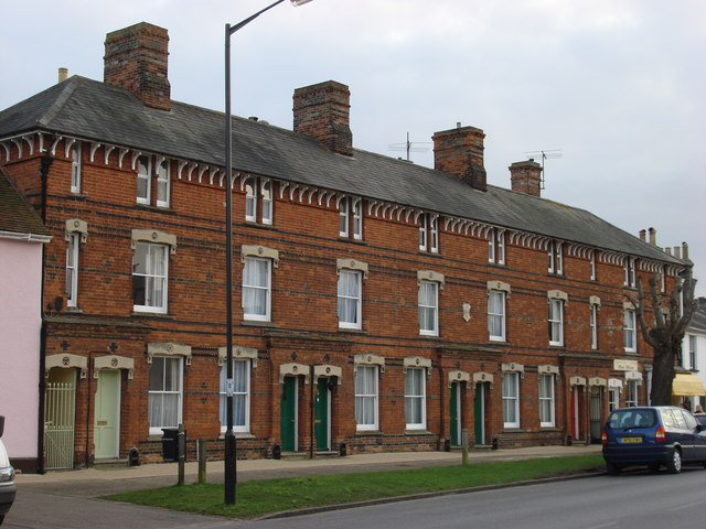 Three-storey terraced housing on Hall Street, Long Melford