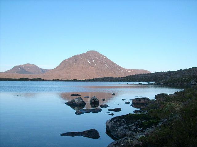 A few boulders in Loch a' Chaorainn