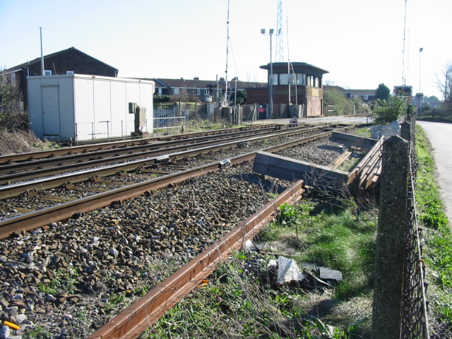 Signal box and level crossing on the Deal line
