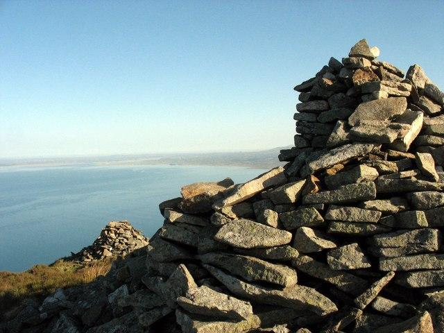 Summit cairns on Mynydd Gwaith