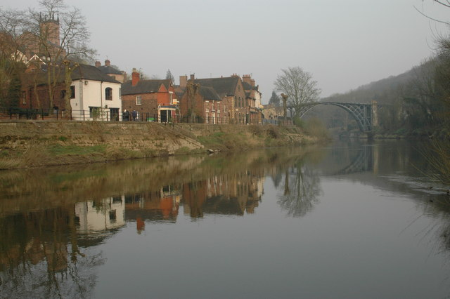 The Wharfage & River Severn in early Spring