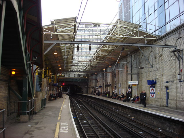First Capital Connect platforms, Farringdon station