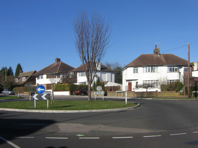 Suburban roundabout, Farnborough