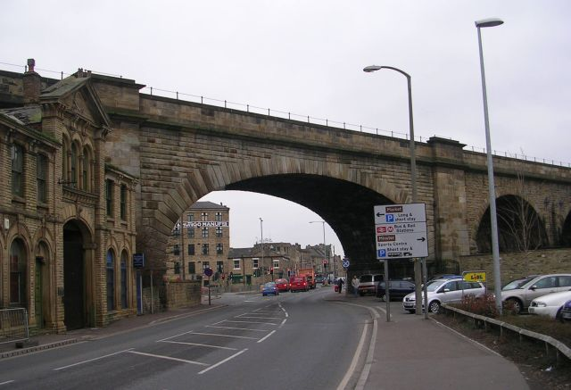 Railway Bridge MDL1 19 - A638 - Halifax Road