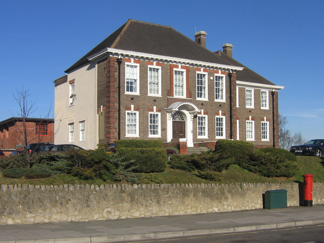 Lynwood House