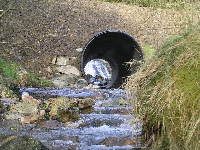 River Severn, Forestry road pipe bridge, Blaen Hafren Falls