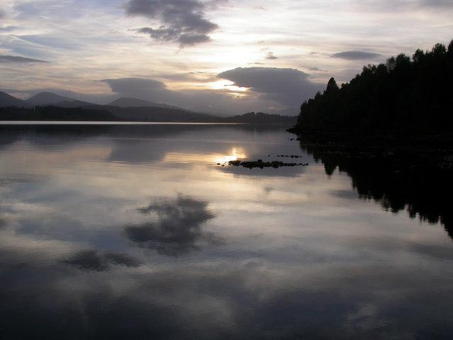 Loch Garry at dawn