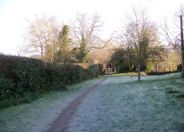 Footpath towards the River Avon, Lower Woodford