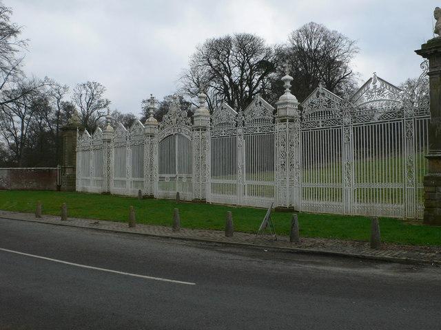 White Gates, Leeswood Hall