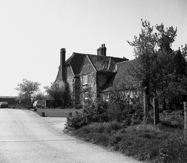 Tollsworth Manor