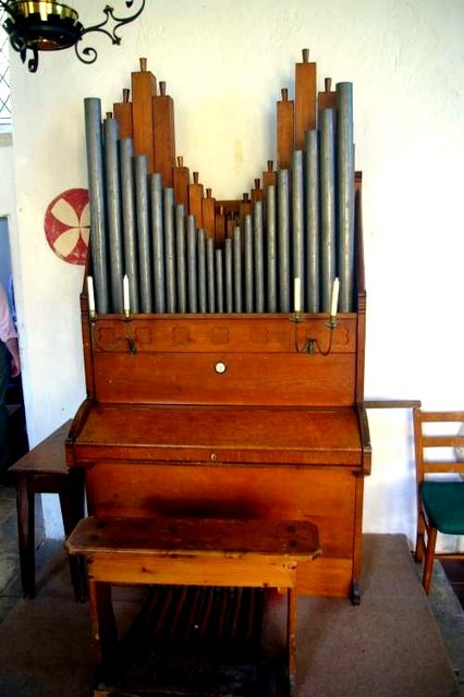 Kettlebaston church organ