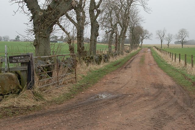 Road to Winthank farm