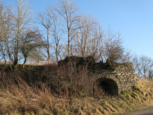 Lime kiln near Spartywell