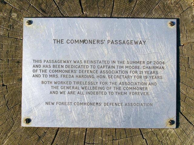 Commemorative plaque at the Commoners' Passageway