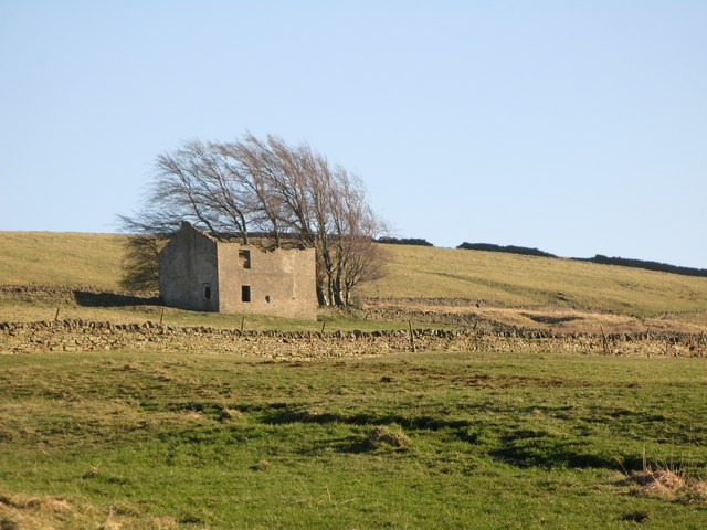 Ruined house near Hesleywell