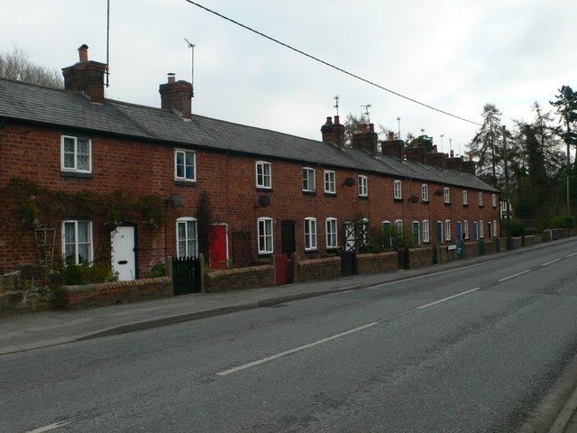 Terraced cottages, Pontblyddyn