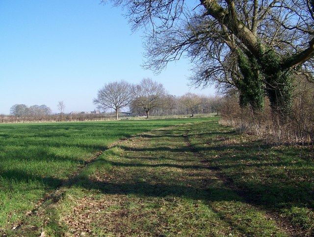 Footpath to Lower Woodford
