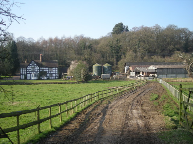 Severn Hall & farm from dismantled railway