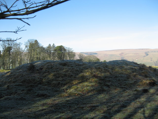 Bell Knowe round cairn