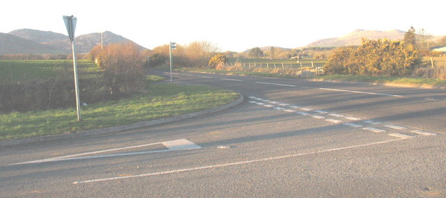 The junction of the Llwyndyrys road with the A499