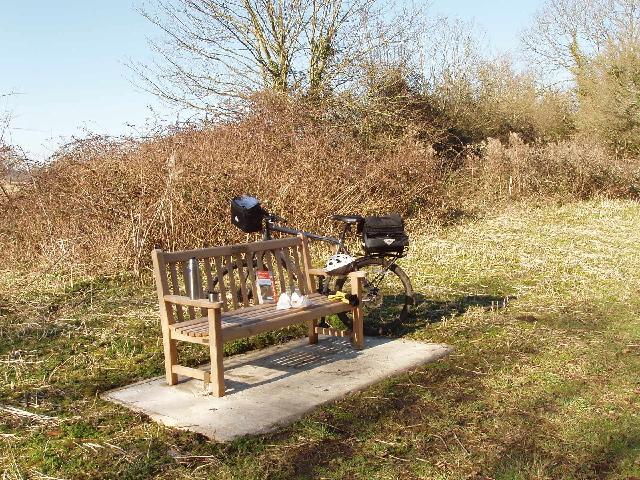 Picnic bench, Hambleden Valley